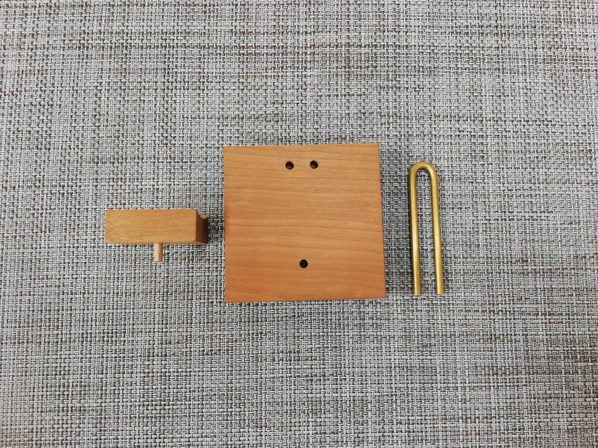 木製ジャムキャップスタンド